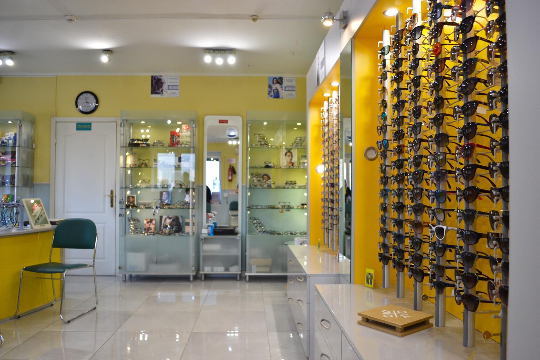 Стоит сказать, что у нас можно заказать солнцезащитные очки с оптической  силой. Это очень удобно для людей, у которых есть нарушения зрения  в таких  очках ... b2659d36408